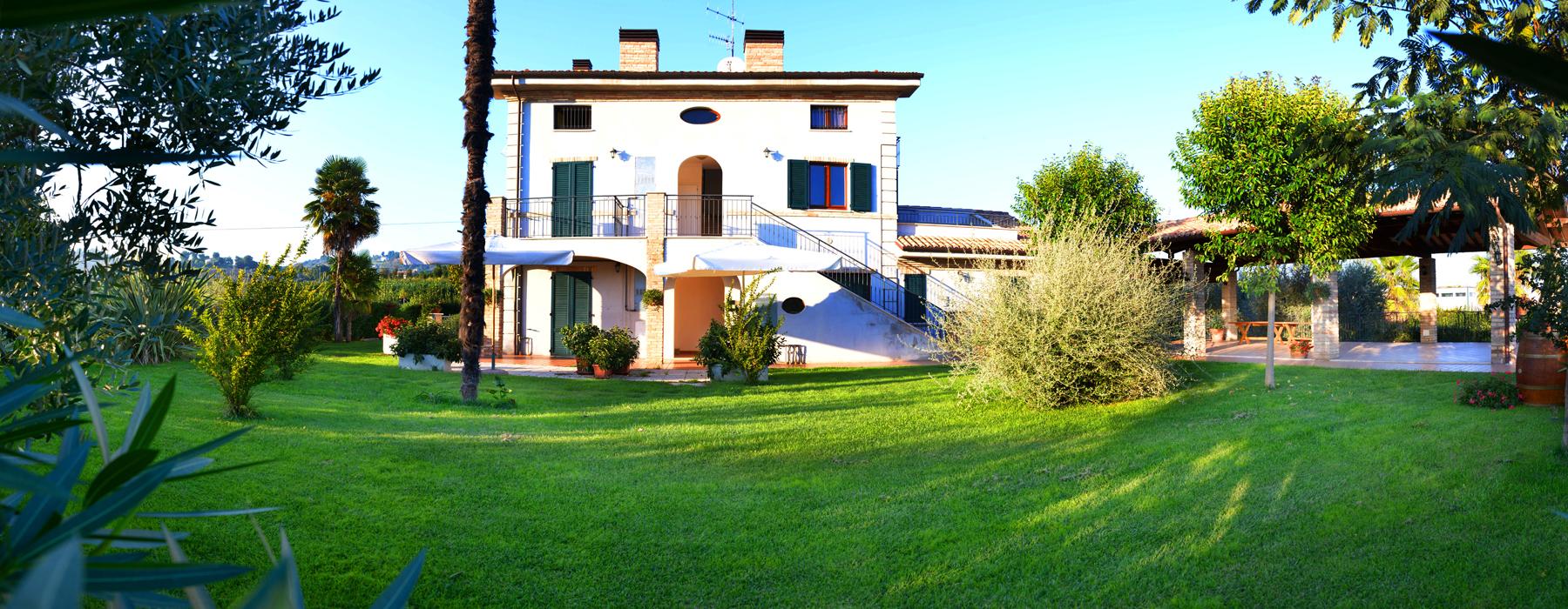 Slider - Frontale -Casa di Gino